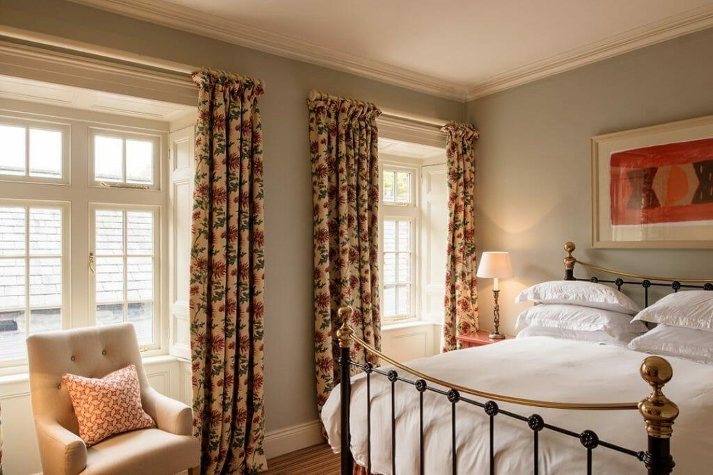 Bedroom 204 #1 (Medium)